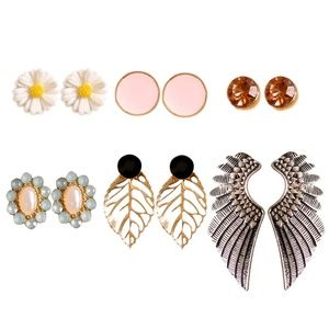 Jewelry - Stud earring set